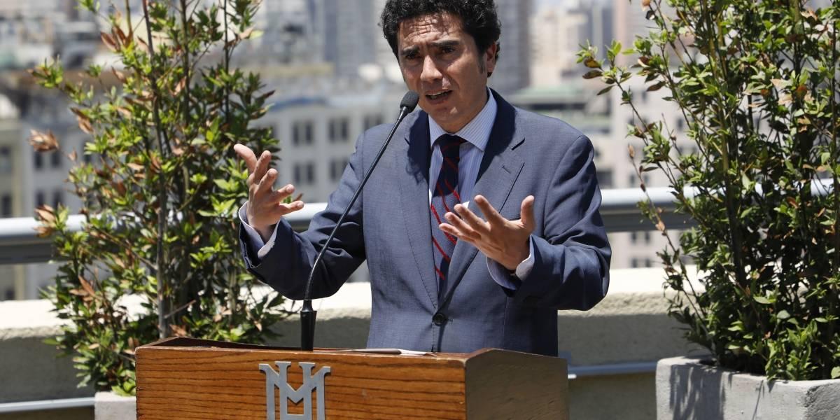 A falta de Alexis y Vidal en los ránkings: eligen a un chileno como Ministro del Año en revista británica
