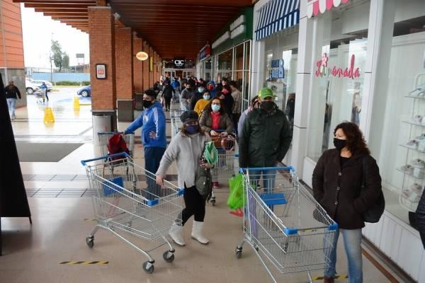 Supermercados y Año Nuevo: ¿hasta qué hora funcionarán este 31 de diciembre?