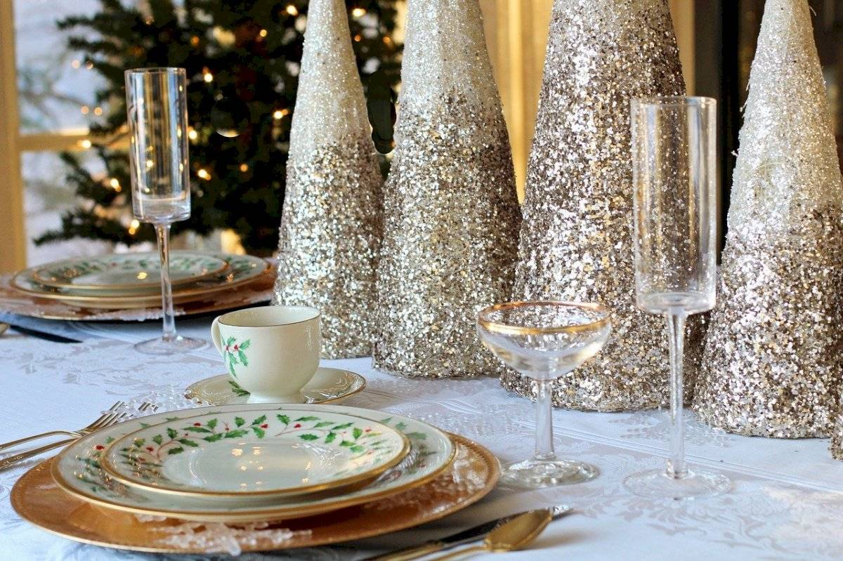 Seis ideas para hacer brillar tu mesa de Año Nuevo