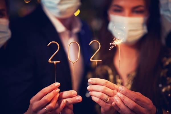 Año nuevo: deja atrás el 2020 con estos rituales y cábalas