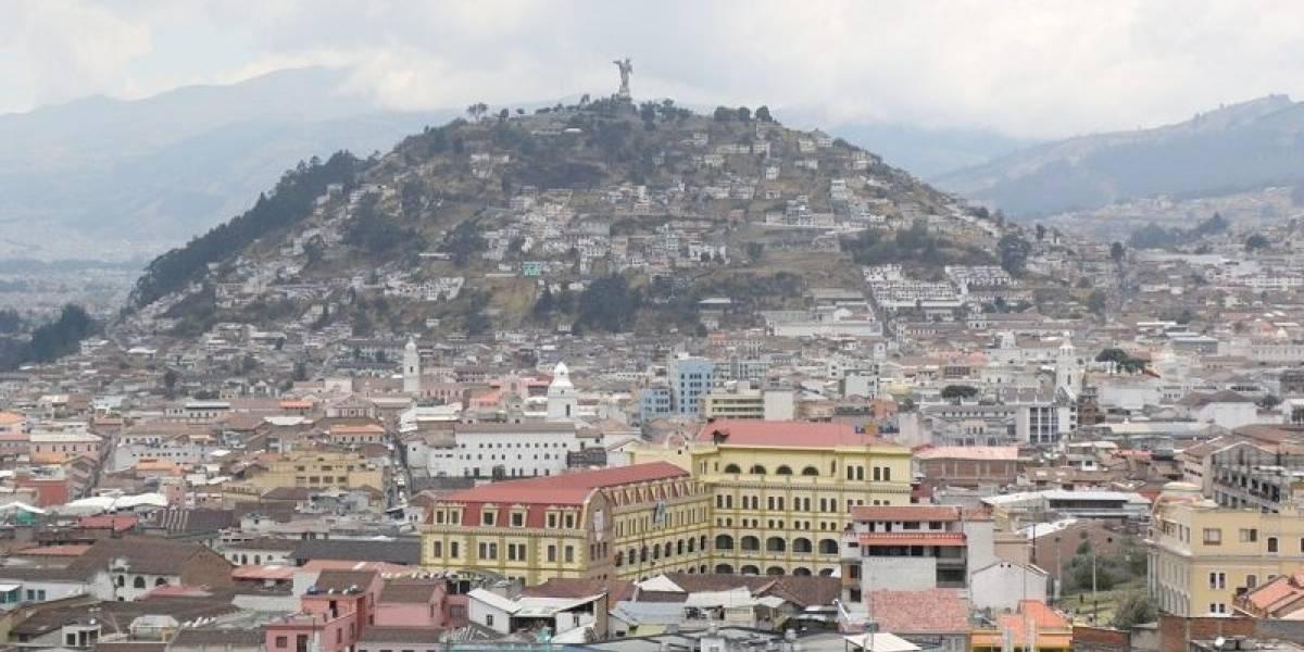 Calidad del aire en Quito, afectada por quema de monigotes y fuegos artificiales de Año Nuevo