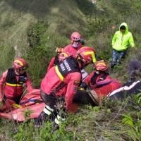 Rescatan a extranjero que sufrió accidente de parapente en Ibarra este 2 de enero