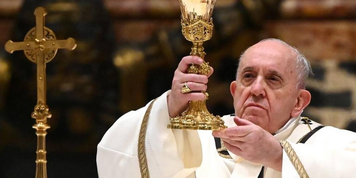 El papa Francisco criticó que la gente se vaya de vacaciones en medio de la crisis por el coronavirus