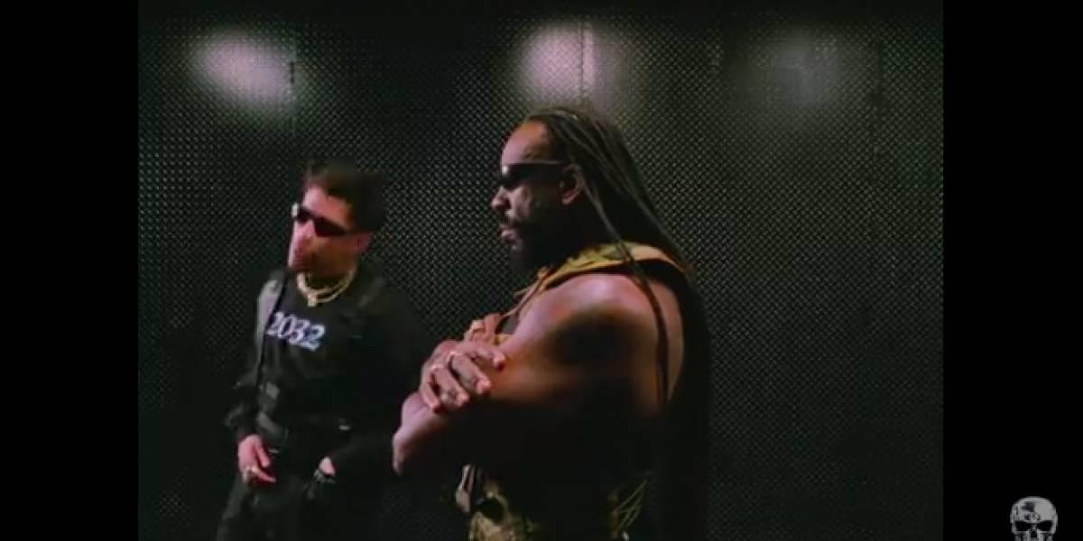 Bad Bunny la rompe al estrenar nueva colaboración junto a la estrella de la WWE Booker T