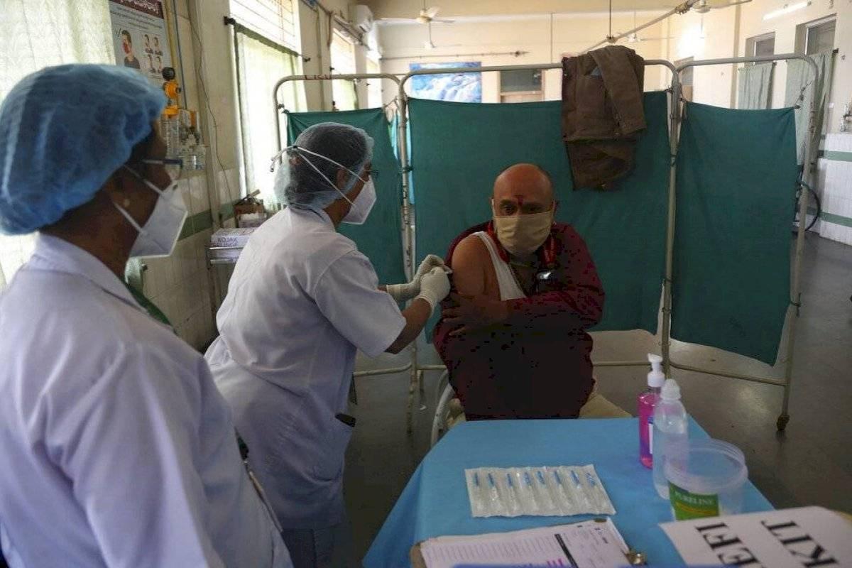 India Autoriza El Uso De Emergencia De Dos Vacunas Contra