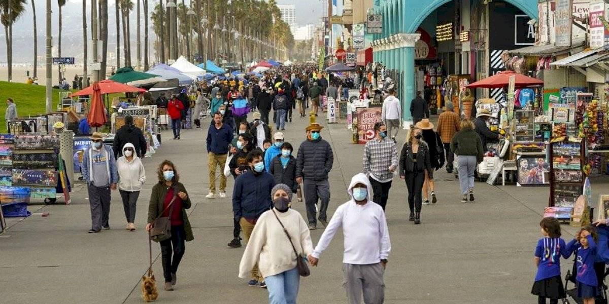 Epidemiólogo predice que una tercera ola de contagios sería diez veces más agresiva