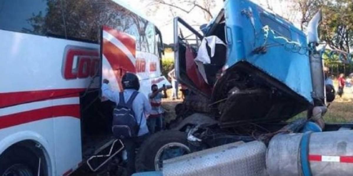 Murieron tres personas en trágico accidente en el norte del país
