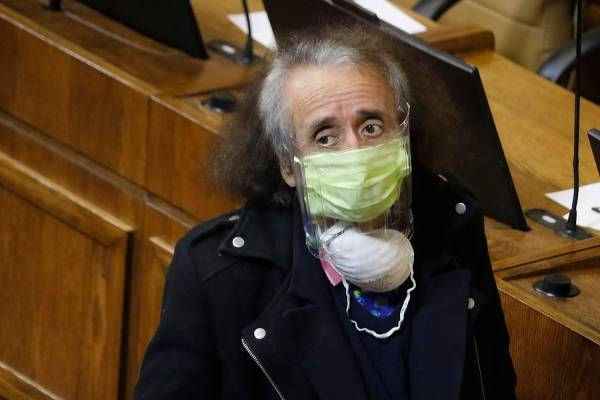 Florcita Alarcón renuncia a presidencia de la Comisión de Cultura tras funa por violación