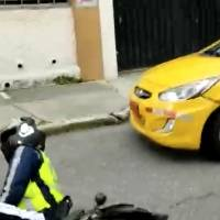 Filtran nuevo video del taxista y el agente de tránsito en Quito que se fueron a los golpes