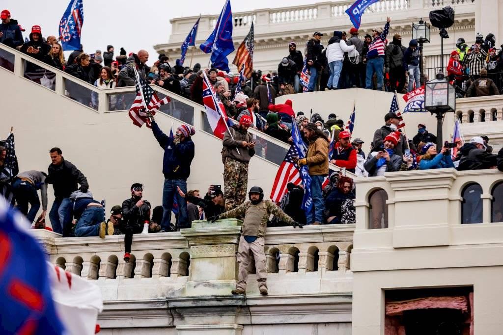 Cientos de partidarios de Trump llegaron hasta el Capitolio