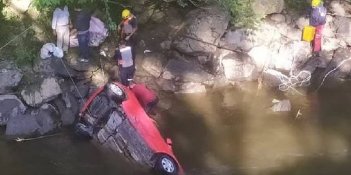 Mueren dos pequeñas en trágico accidente de tránsito