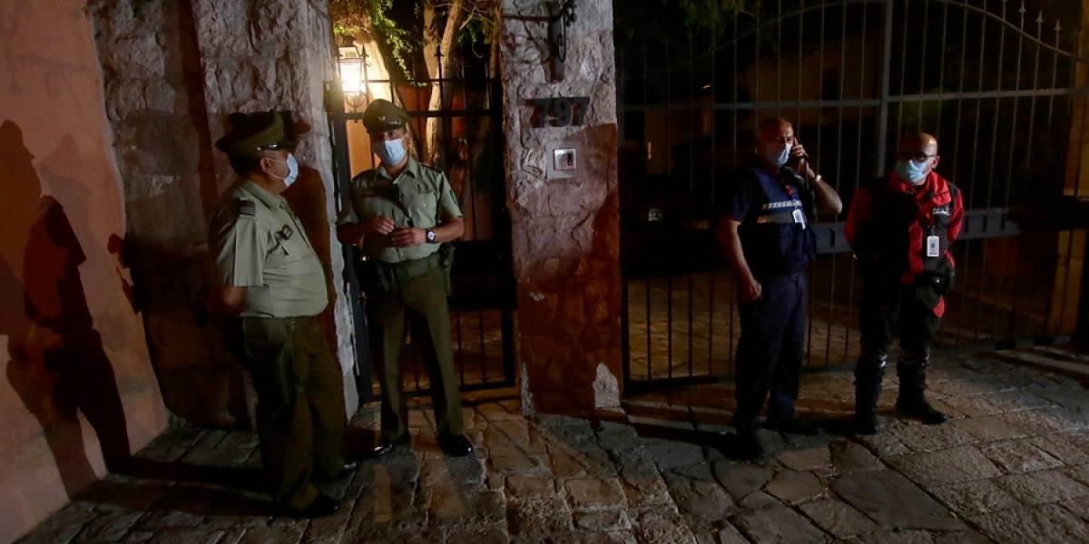 En el barrio alto no entienden: denuncian fiesta clandestina en Las Condes con cerca de 150 asistentes