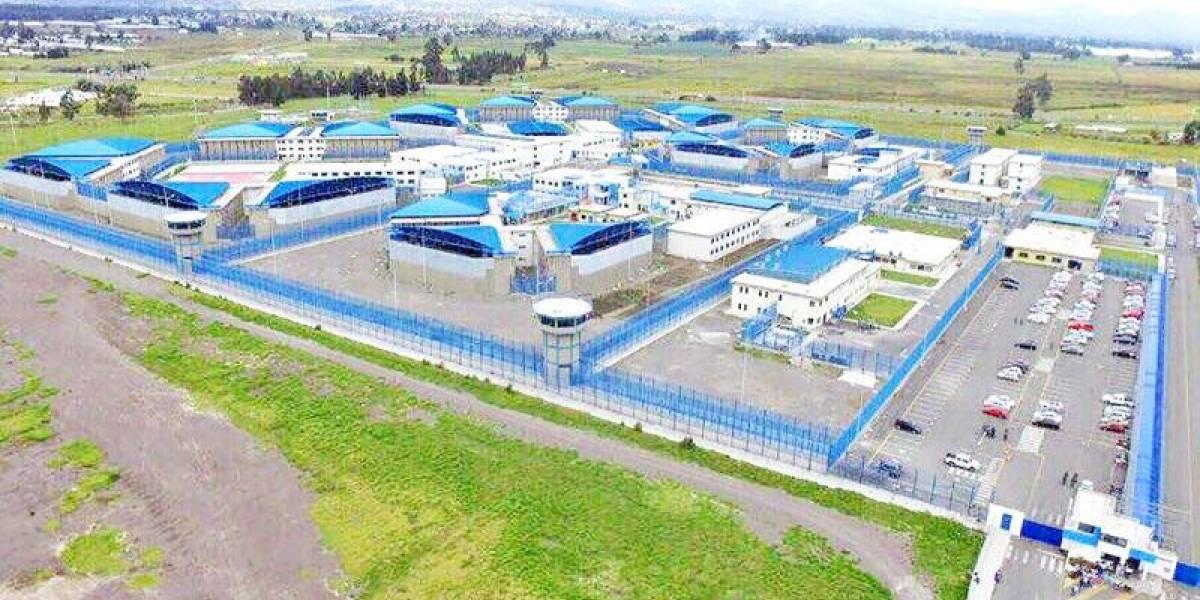 Ejecutan operativo de búsqueda y recaptura de tres reos que se fugaron de la cárcel de Cotopaxi