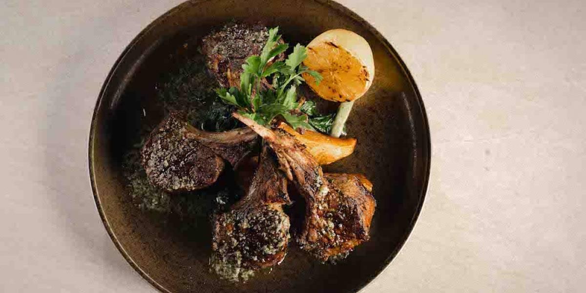 Lo mejor de la gastronomía griega, llega a la Riviera Maya