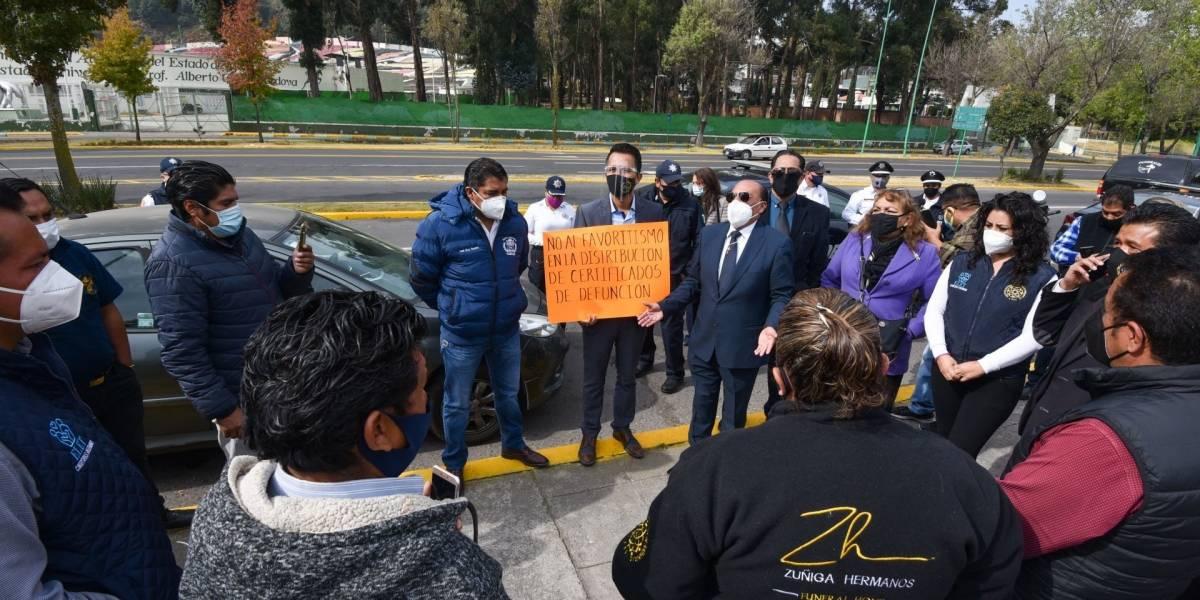 Funerarias y hospitales  de CDMX y Edomex se quedan sin certificados  de defunción por Covid-19