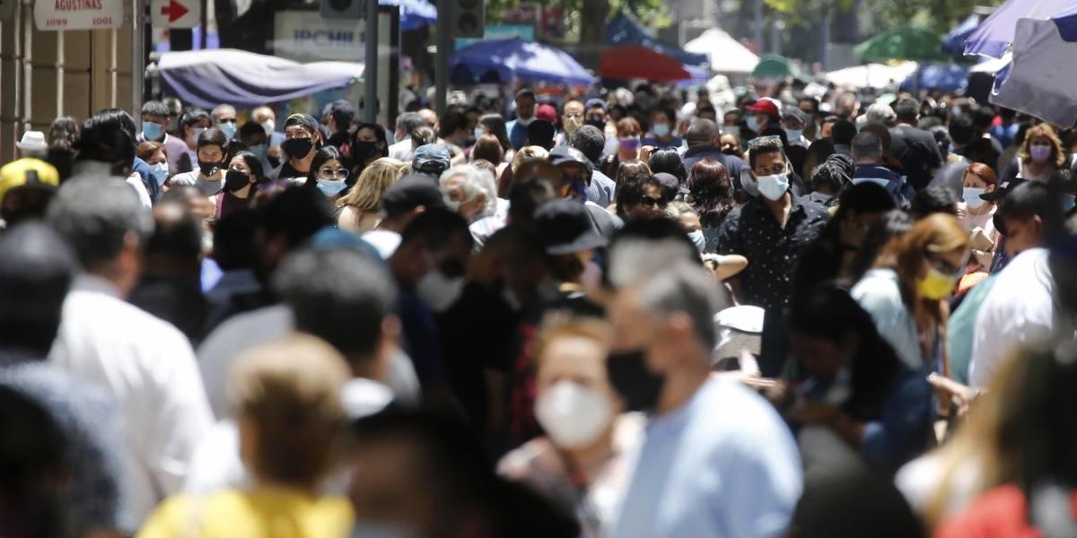 Metropolitana, Biobío y Los Lagos lideran regiones con más casos activos