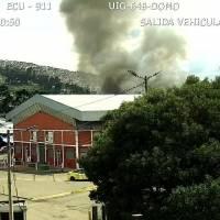 Incendio estructural dentro del mercado Mayorista, sur de Quito