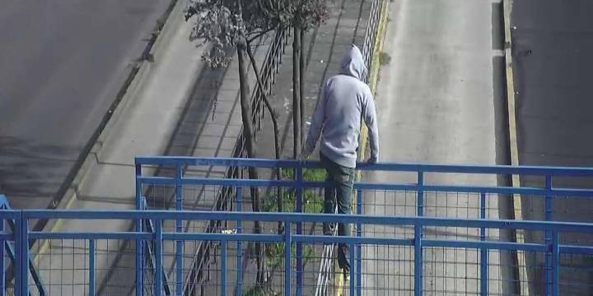 Tres personas intentaron suicidarse en distintos puentes de Quito este fin de semana
