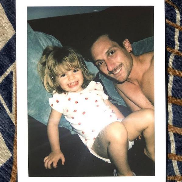 Gabriel Urzúa y su hija