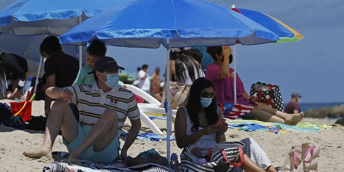 El complejo escenario de los alcaldes que deben fiscalizar a los turistas en las playas