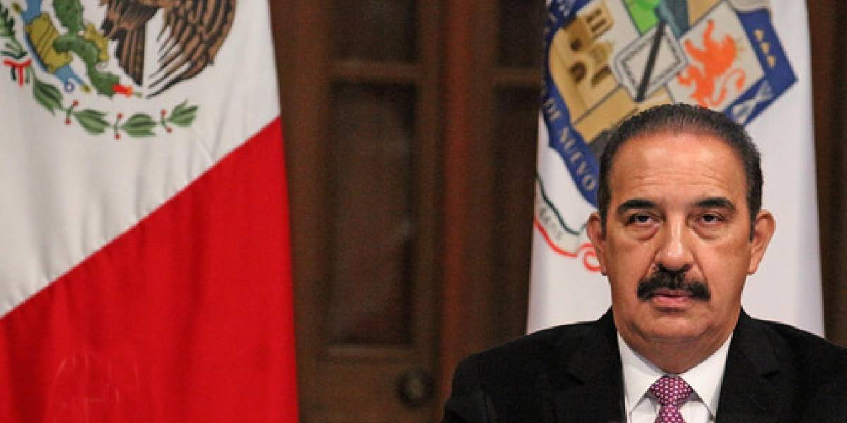 Difiere Nuevo León con Federación sobre estrategia de inoculación