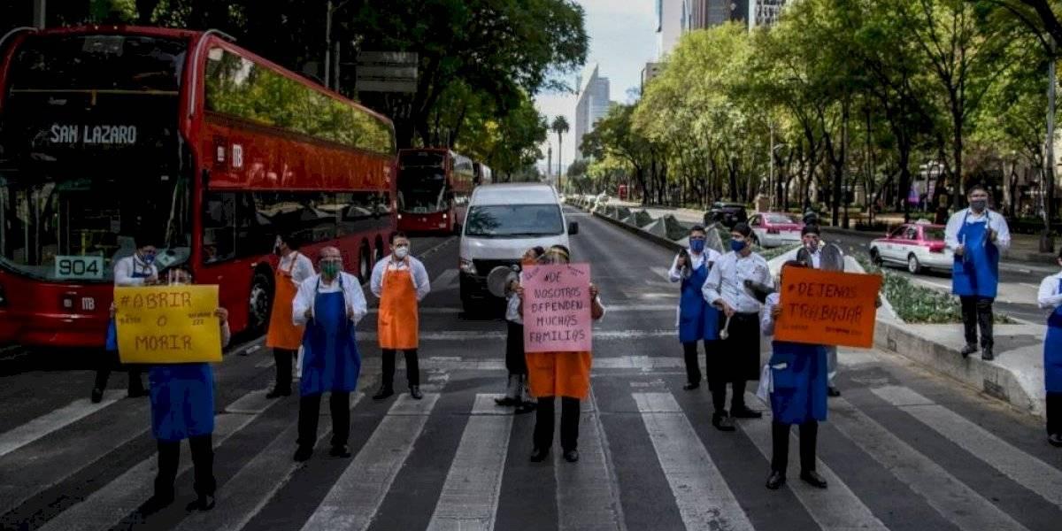 Fotos: #AbrimosOMorimos, restauranteros se manifiestan por segundo día consecutivo en CDMX