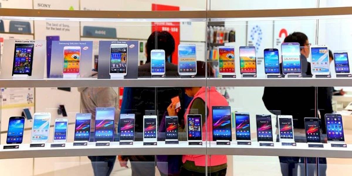 iPhones y miles de smartphones, la nueva subasta de la 4T