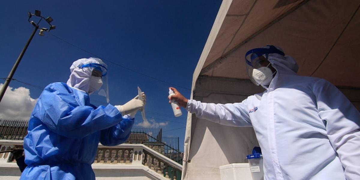 Juan Carlos Zevallos, Mauricio Pozo y Sebastián Roldán viajaron a Estados Unidos por más vacunas