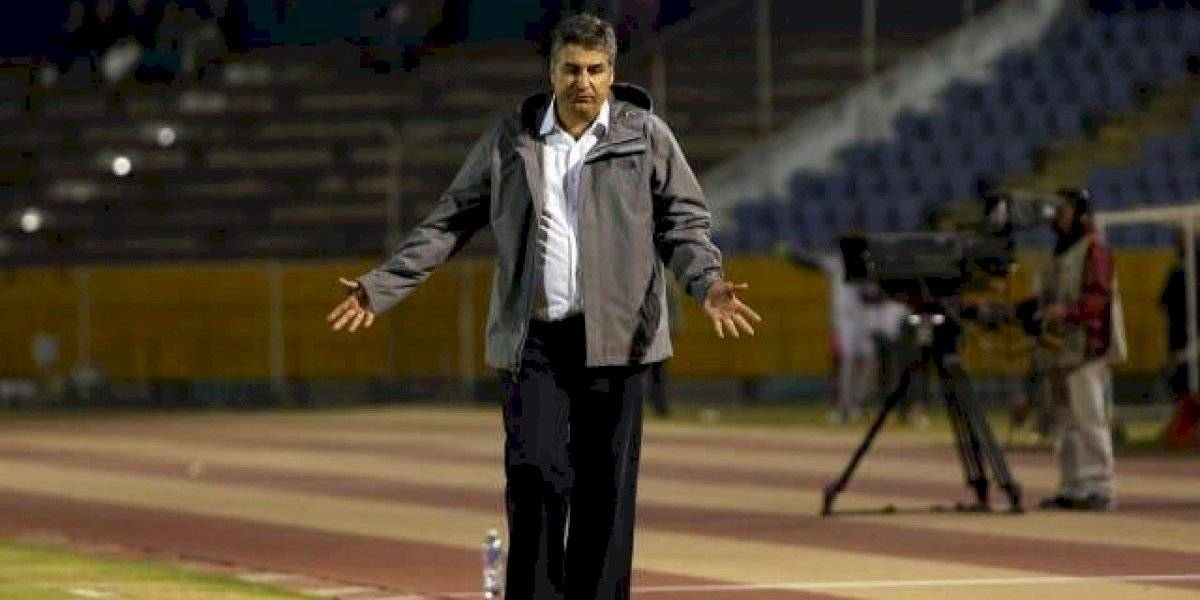 DT de U. Católica, Santiago Escobar, fue diagnosticado con cáncer de próstata