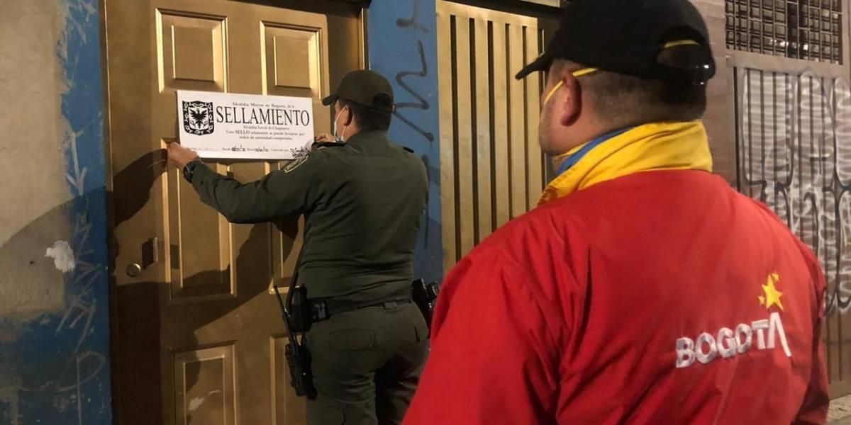 Siguen las fiestas clandestinas en toque de queda: Policía intervino establecimiento ilegal