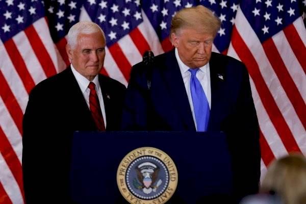 Vicepresidente Mike Pence rechaza invocar la Enmienda 25 para destituir a Donald Trump