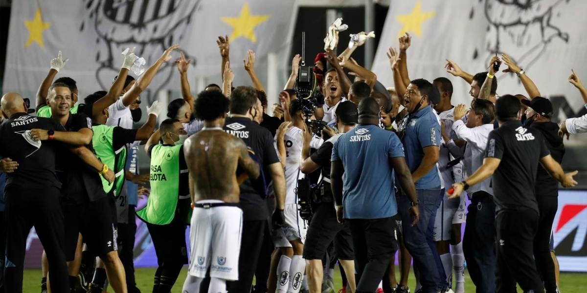 Santos golea a Boca Juniors y jugará la final de la Copa Libertadores ante Palmeiras
