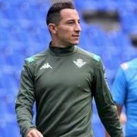 Andrés Guardado supera el Covid-19 y vuelve con el Betis