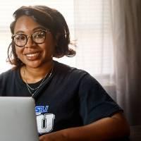 Apple lanza iniciativa de igualdad y justicia racial en Estados Unidos