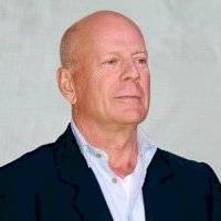 ¿Duro de matar? Bruce Willis se negó a usar mascarilla al ingresar a una farmacia