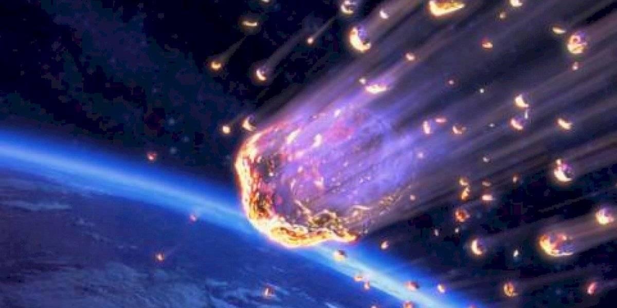 Captan en video el momento que un meteorito explota en Kamchatka, Rusia