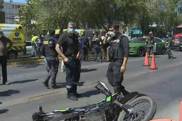 Dos carabineros resultan heridos tras operativo y balacera en Providencia