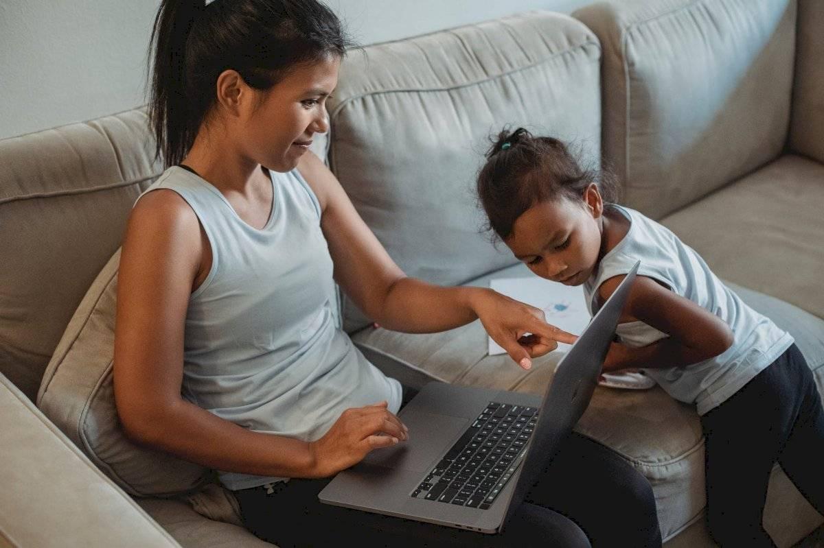 Conversa con tu hijo y ayúdalo a establecer sus metas.