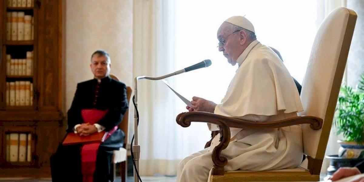 Reportan que el Papa Francisco fue vacunado contra el Covid-19