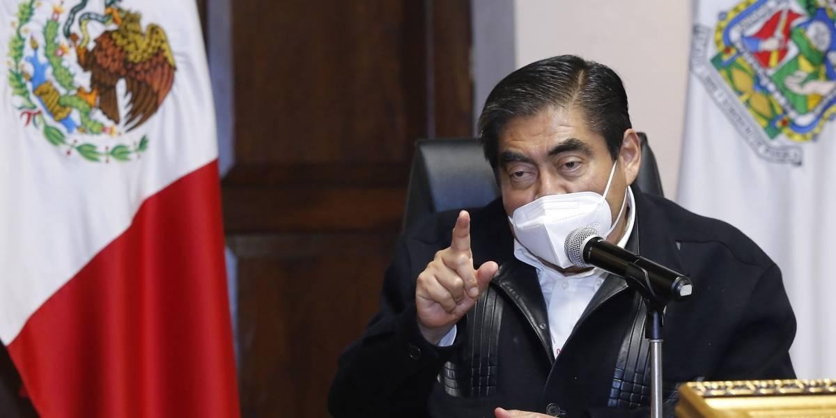 Barbosa promete cárcel a políticos que lucren con la vacuna contra el Covid