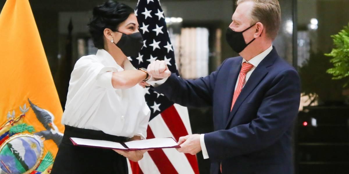 EE.UU. y Ecuador firman memorando de Cooperación para facilitar el comercio entre ambos países