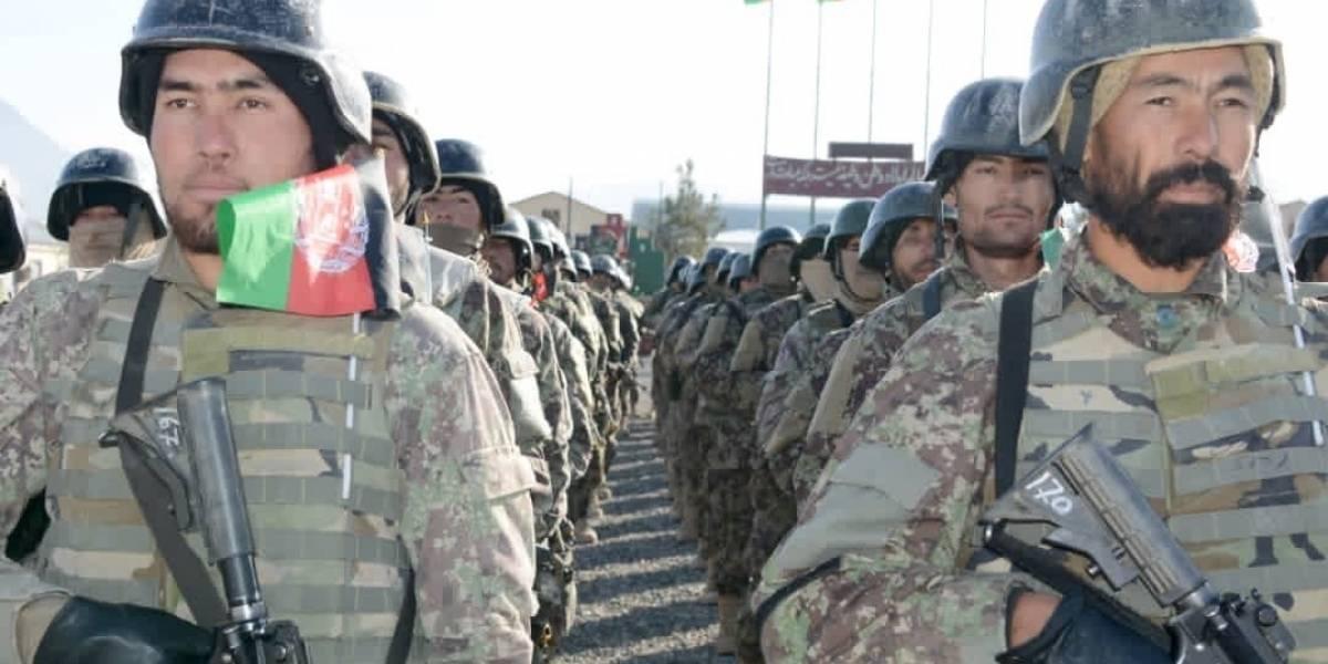 """Afganistán.- El Ejército de Afganistán abate a siete """"talibanes"""" que preparaban un ataque con coche bomba"""