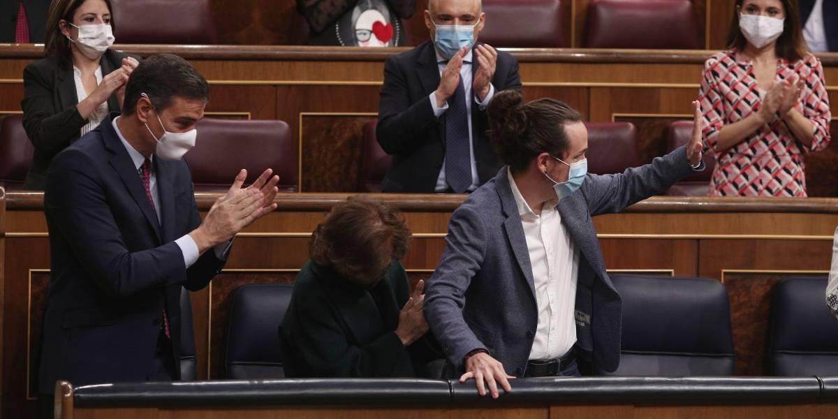 Rey Felipe.- El Gobierno incluye a Pablo Iglesias en la Conferencia de Embajadores que se celebrará lunes y martes