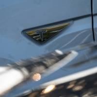 Tesla podría retirar del mercado 158 mil vehículos Model X por este defecto