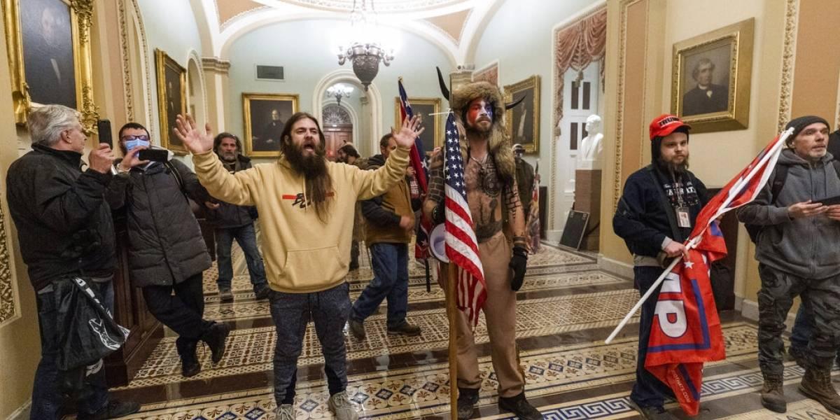 """Terroristas que atacaron el Capitolio federal pretendían """"capturar y asesinar"""" funcionarios electos"""