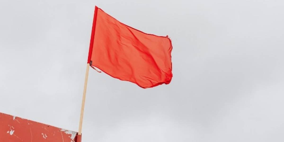 ¡Atención! 33 playas de Ecuador con bandera roja por oleaje