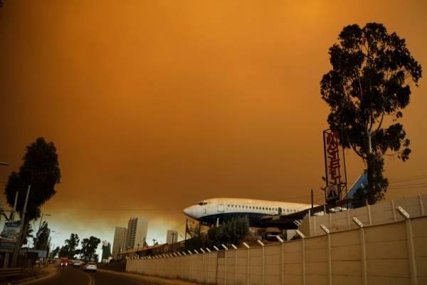 Incendio de Peñuelas: dos mil hectáreas quemadas, 25 mil evacuados e inician acciones penales contra causantes del fuego