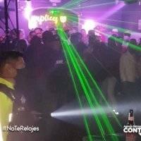 Quito: clausuran discoteca en la Plaza Foch por acoger fiesta clandestina con decenas de personas