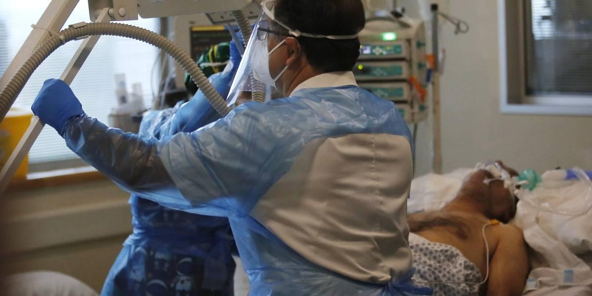Covid-19 daña más los pulmones que el cigarro, especialistas revelan radiografías