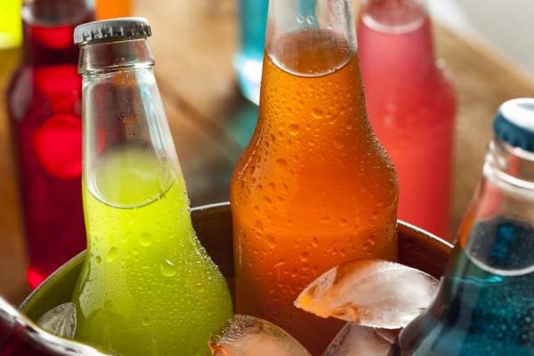 5 cosas que pasan en tu cuerpo si sólo tomas bebidas